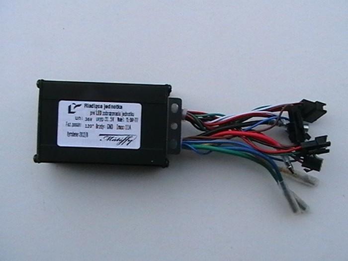 Řídící jednotka pro LED panel pro 36V elektrosady Mátéffy